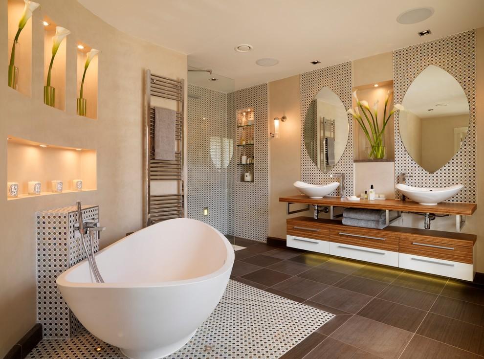 Дизайн ванной комнаты из дерева.5