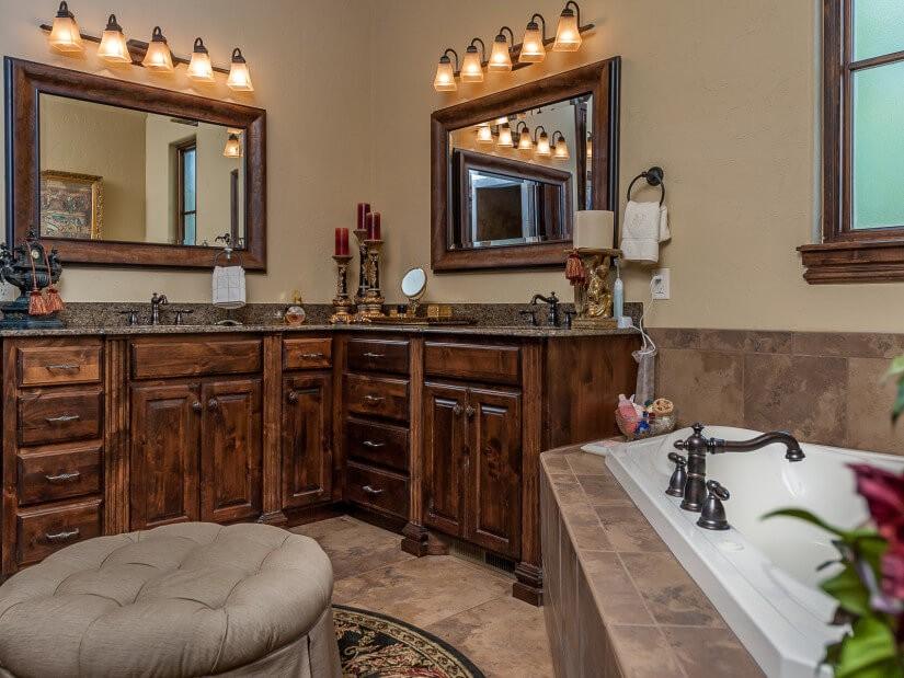 Дизайн ванной комнаты из дерева.6