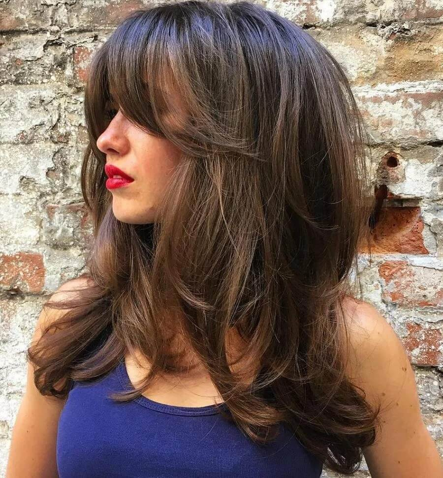 17 женских стрижек на волосы средней длины.5