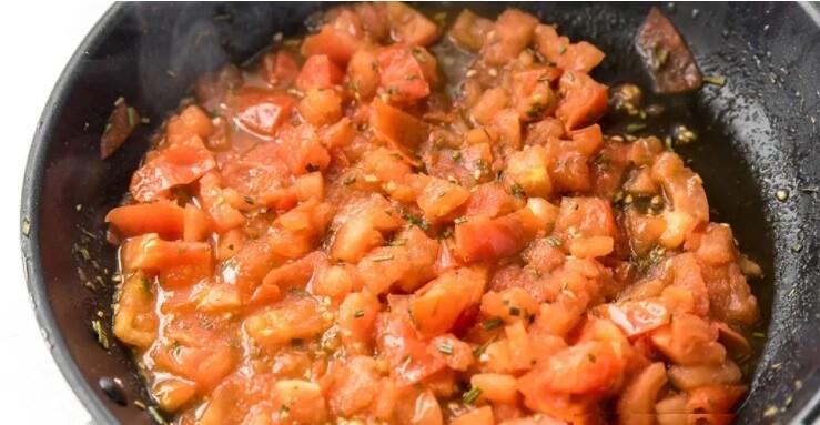 Нежнейшая рыба Тилапия с томатами и розмарином.7