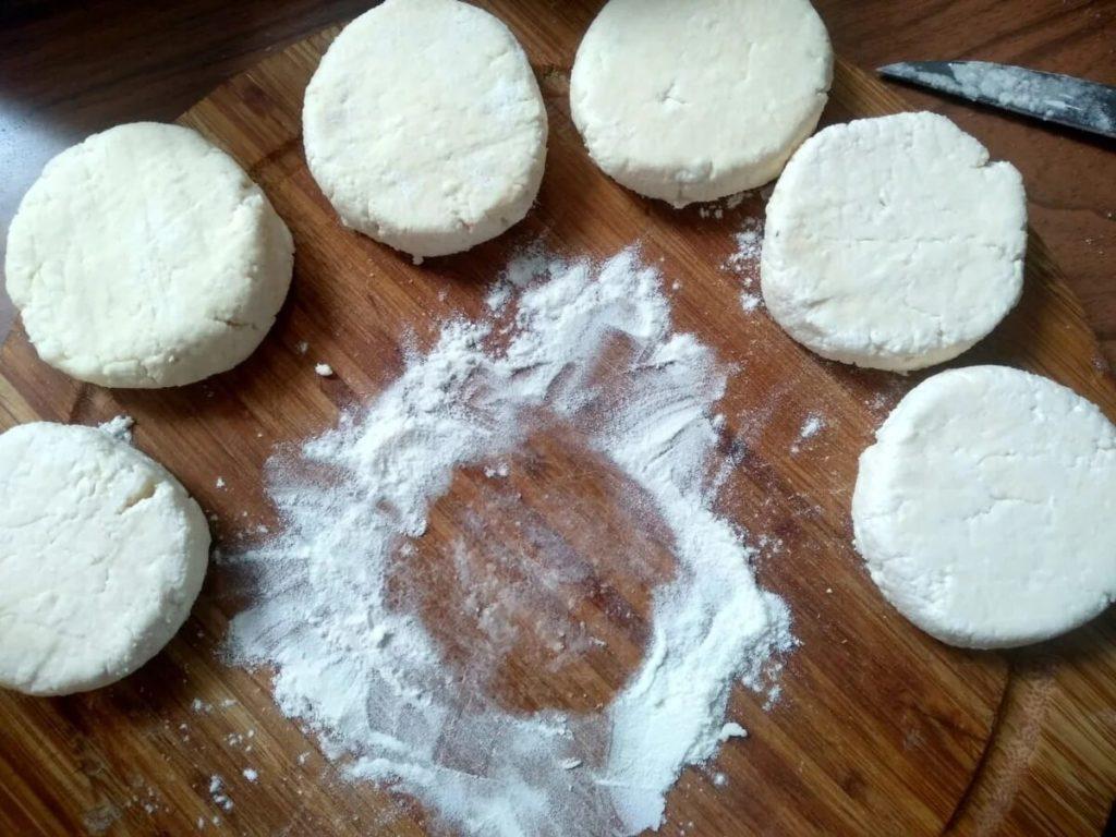 Нежные сырники из творога на завтрак.5