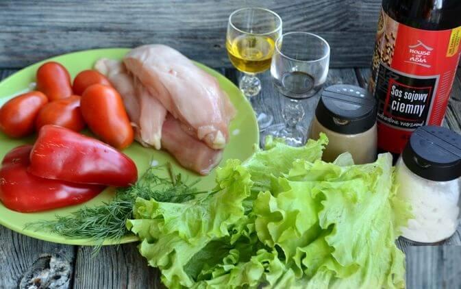 Пикантный тёплый салат с курицей.1