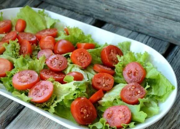 Пикантный тёплый салат с курицей.7