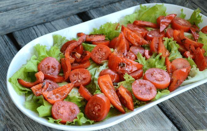 Пикантный тёплый салат с курицей.8