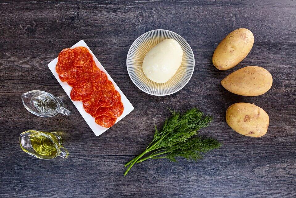 Безумно вкусная запеченная картошка по-итальянски.