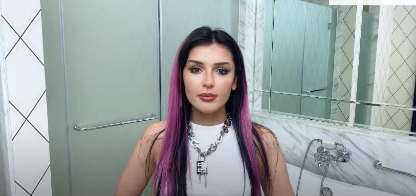 Макияж с акцентом на глаза от Дины Саевой.