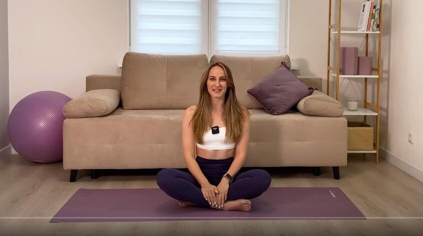 Силовая жиросжигающая виньяса-йога за 15 минут.1