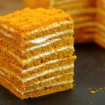 Нежный и пропитанный торт медовик за 30 минут.